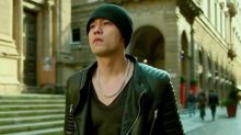 Jay Chou composes new songs in between concert shows