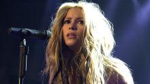 Shakira y el origen de sus 'pies descalzos', a 25 años de su hito musical