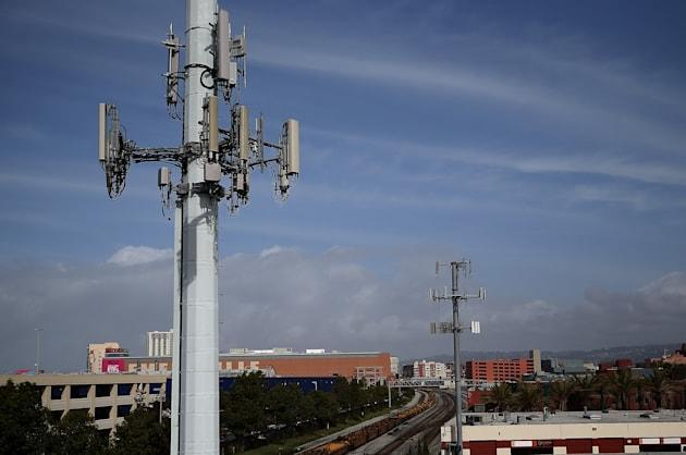 Fake cellphone towers hiding in plain sight, intercepting your phone calls