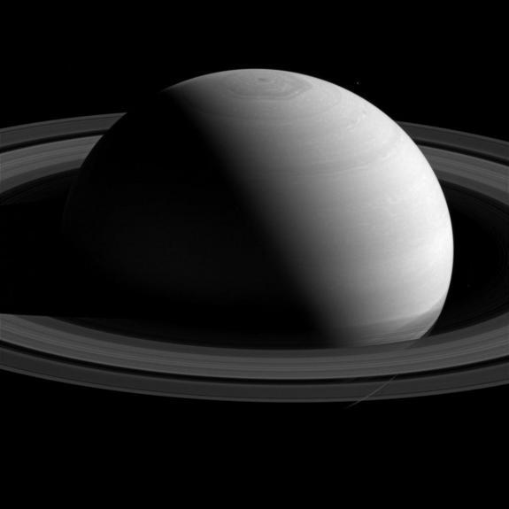 Elusive Saturn is Easy to Spot Tonight