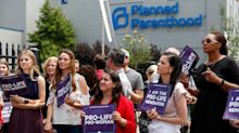 Planned Parenthood Withdraws From Title X Funding Over Trump's Abortion 'Gag Rule'