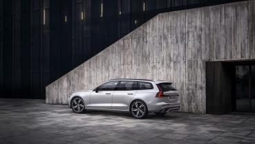 Volvo S60、V60 全新年式 182 萬起 新增 T8 PHEV 旗艦車種