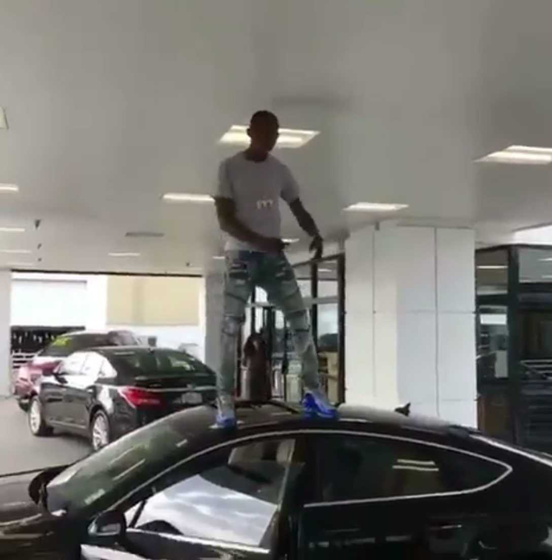 Birdman's Artist Buys New Car on the Spot While Lil Wayne Is Still Waiting to be Paid by Cash Money