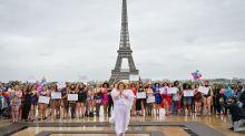 Sfilata per tutte le taglie a Parigi: inno alla diversità e alla bellezza