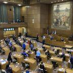 Lawmakers remove state legislator over Oregon Capitol breach