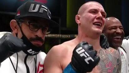 UFC, Vettori batte Hermansson a Las Vegas