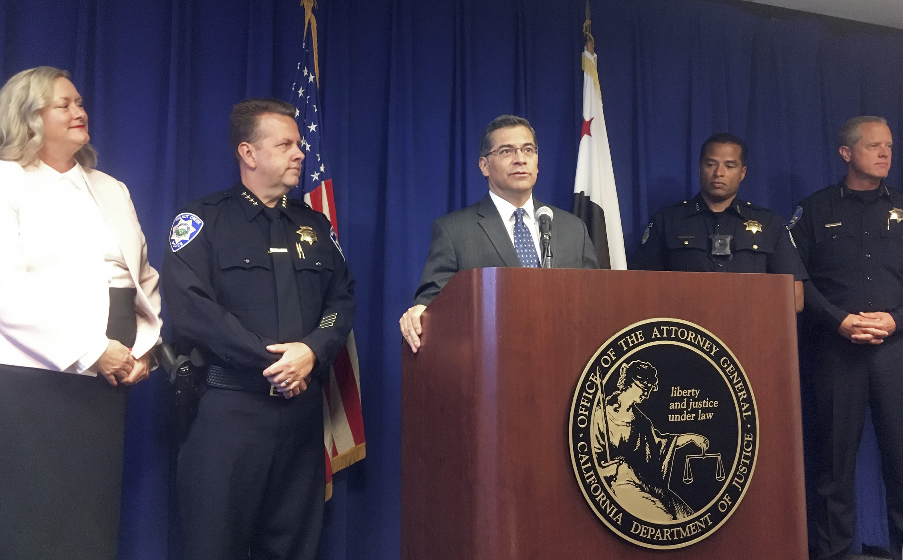 California says gangs stole $1 million by credit card fraud