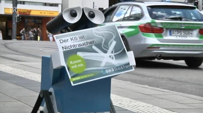 Spießer-Roboter mit Dackelblick soll Rauchbürger weichkochen