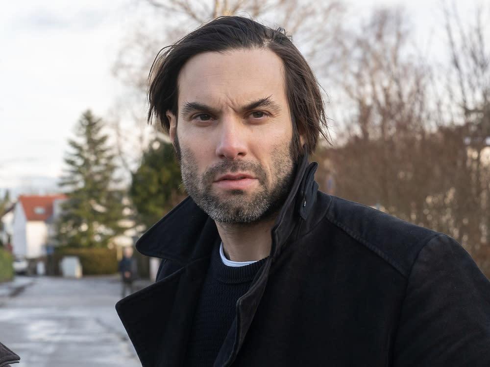 Max Simonischek: