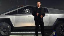 Elon Musk ha perdido 700 millones de dólares por culpa de una pedrada en uno de sus coches