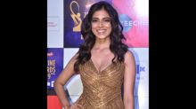 Malavika Mohanan Looked Like A Greek Goddess In This Golden Number