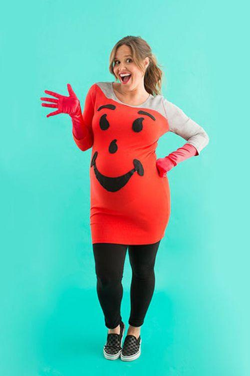 """<p>Do we have the best DIY maternity costume for Halloween? Oh yeahhhhh - and it only takes a few steps!</p><p><strong>Get the tutorial at </strong><strong><a href=""""https://www.brit.co/diy-maternity-halloween-costumes/"""" rel=""""nofollow noopener"""" target=""""_blank"""" data-ylk=""""slk:Brit + Co"""" class=""""link rapid-noclick-resp"""">Brit + Co</a>.</strong></p>"""