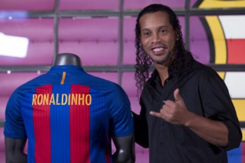 Jogo entre lendas de Barça e Real tem presença confirmada de R10