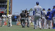 Benches clear between Giants and Dodgers, but Clayton Kershaw has other plans