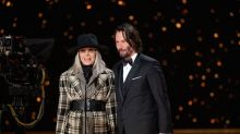 'Something's Gotta Give' co-stars Keanu Reeves and Diane Keaton reunite at the Oscars