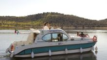 Lake life in Portugal: Sail and stay on your own boat from Amieria Marina