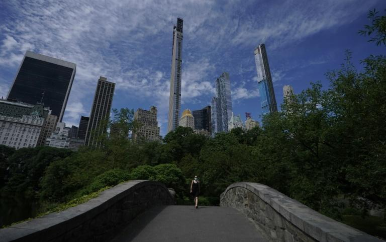Woman who accused Central Park birdwatcher of threatening her faces charges