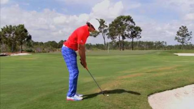 Chipping & Pitching - Rickie Fowler: Hit Half-Wedge Shots