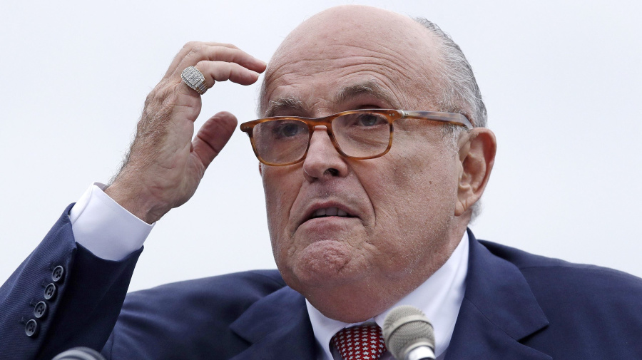 Giuliani says Trump didn't tell Cohen to lie to Congress