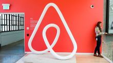 Long-Awaited Airbnb IPO Emerges From Coronavirus Wreckage