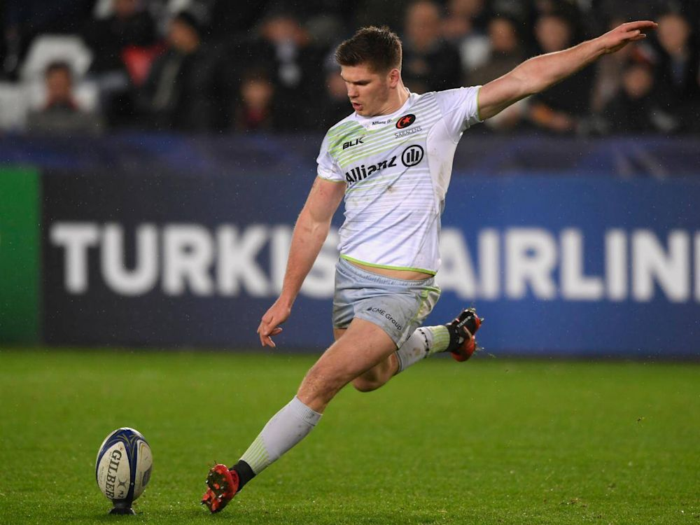 Owen Farrell kicks a successful penalty for Saracens during the first half (Getty)