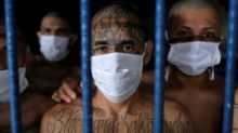 Did El Salvador's government make a deal with gangs?