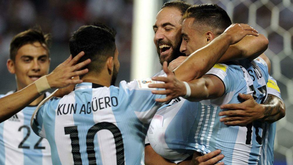 Cómo se desempata en caso de una igualdad de puntos en la zona de repechaje en las Eliminatorias sudamericanas