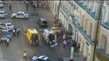 Übermüdeter Taxifahrer in Moskau rast auf Gehweg und verletzt sieben Menschen