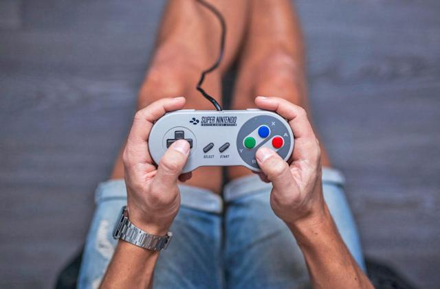 SNES Party lets you play classic ROMs with friends online