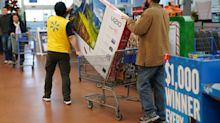 Walmart to close on Thanksgiving, dole out employee bonuses as reward in 'unprecedented' year