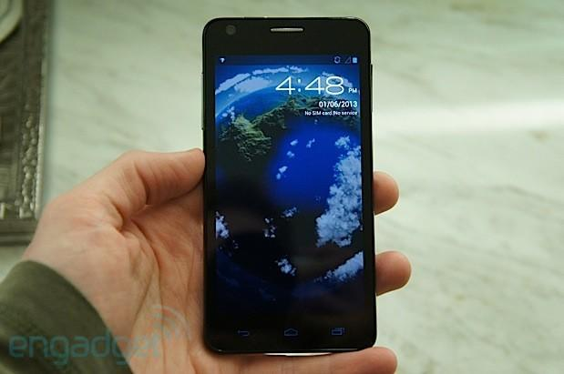 Alcatel intros the One Touch Idol Ultra, the 'world's slimmest phone' at 6.45mm (hands-on video)