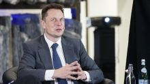 Elon Musk spars with Fortnite on Twitter after joking about buying the video game