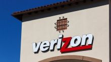 Verizon Reports Earnings Above a 'Golden Cross'