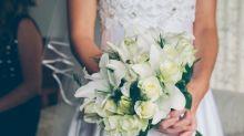 Braut spart für Traumkleid – und bekommt es dann von einem Star geschenkt