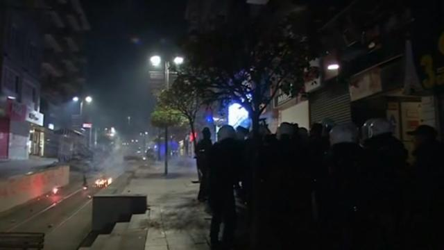 Anti-corruption demonstration turns violent in Istanbul