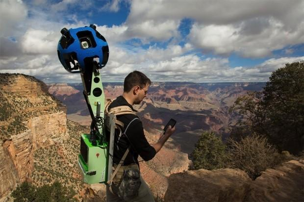 Google Trekker goes to the Grand Canyon, takes Street View souvenirs back home