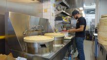 Truck rules stifling city's food scene, restaurateur says