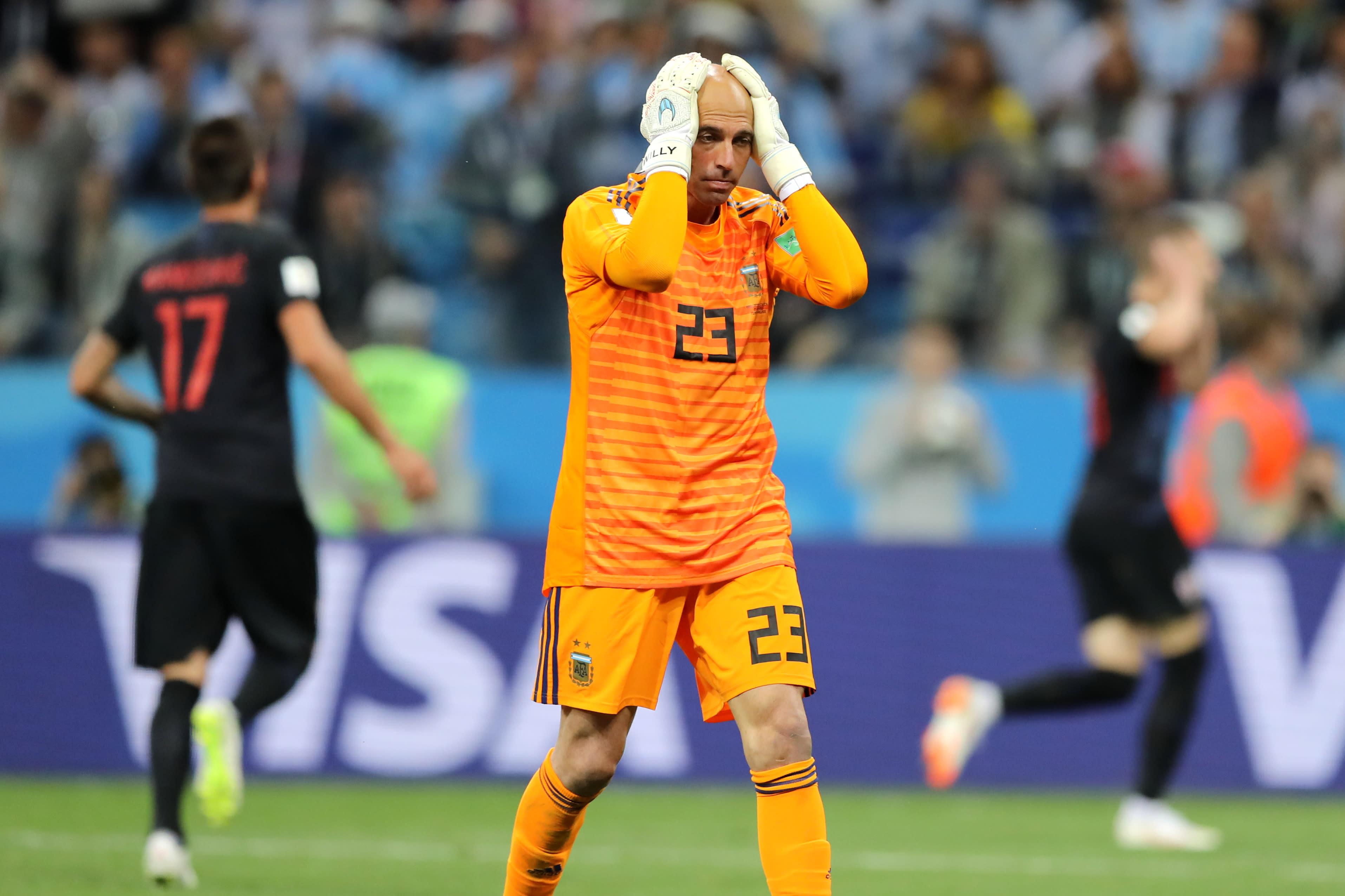 World Cup's most embarrassing goalkeeper error dooms Argentina (Video)
