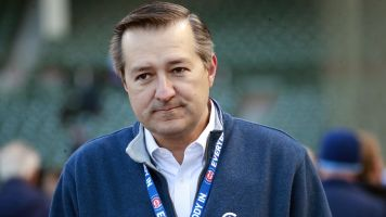 Cubs rich owner complains about money loss in MLB