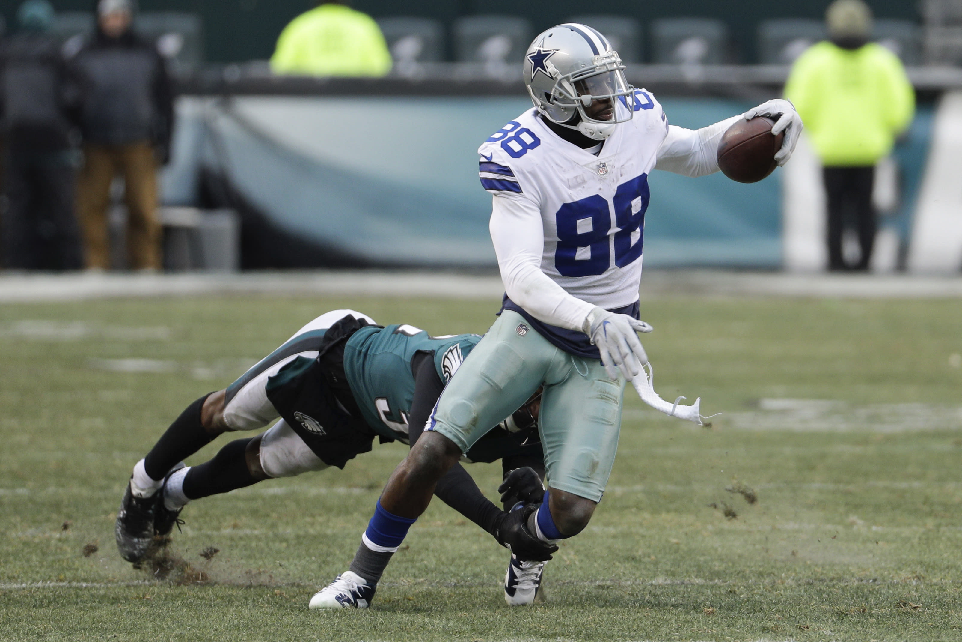 Garrett Won T Commit To Dez Bryant Staying With Cowboys