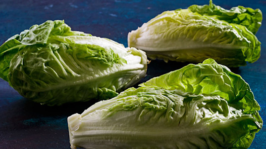E. coli warning expands to all romaine lettuce