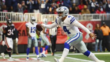 Cowboys rally after blowing lead vs. Falcons