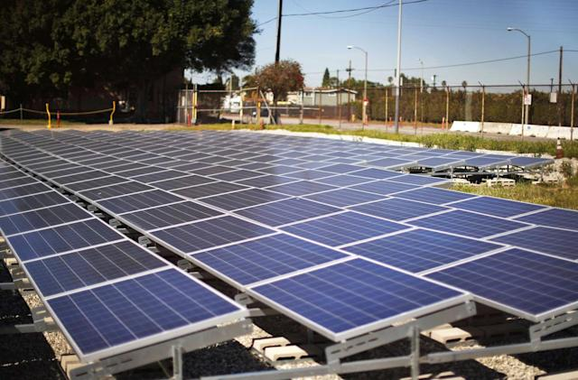San Francisco mandates rooftop solar panels starting in 2017