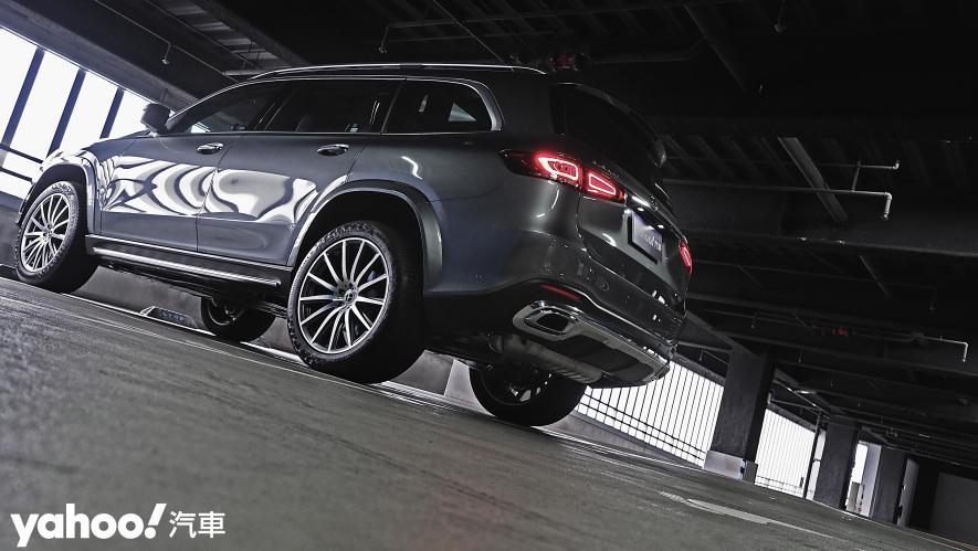 大而得當!2021 Mercedes-Benz GLS 450 4MATIC雨季試駕 - 5