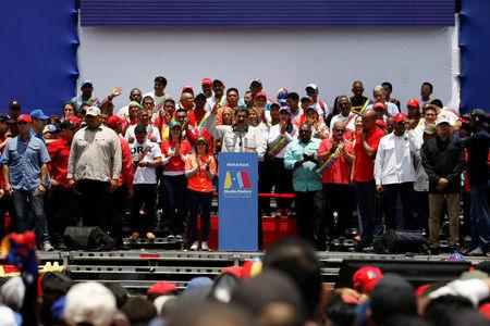 Venezuela's President Nicolas Maduro delivers a speech to supporters during a campaign rally in Charallave, Venezuela May 15, 2018. REUTERS/Adriana Loureiro