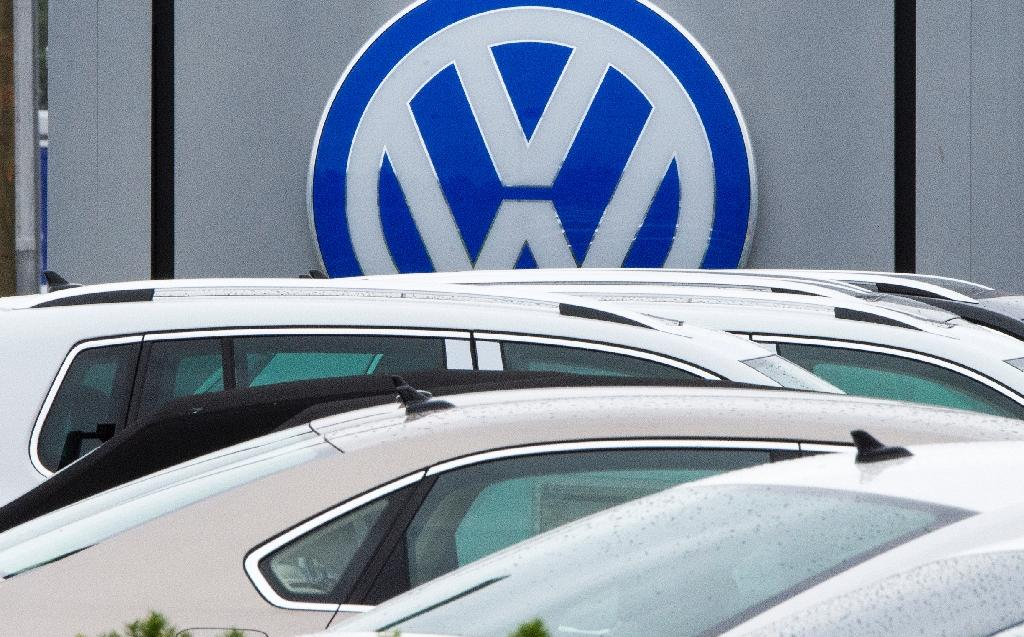 In another blow to its image, German car maker Volkswagen announced a recall of 281,000 vehicles in the US due to a faulty fuel pump that could shut off and cause an accident, but replacement parts are not available
