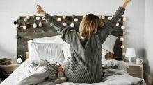 Con pijama de lana (y no desnudo), el truco para conciliar el sueño más rápido