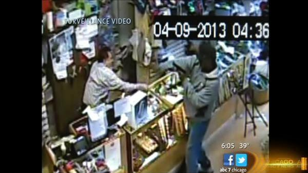 Police arrest 1 of 2 suspects in Logan Square armed robbery   Store owner used baseball bat to fight off robbers