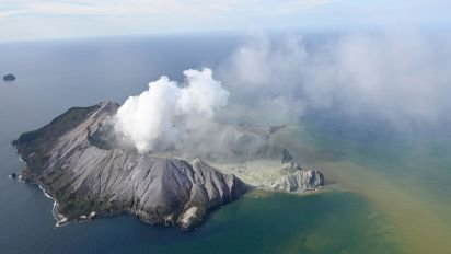 At least 5 dead as New Zealand volcano erupts