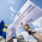 4 Dangerous Myths About the Transgender Military Ban